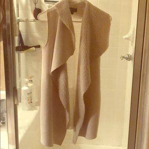 White Sleeveless Long cardigan